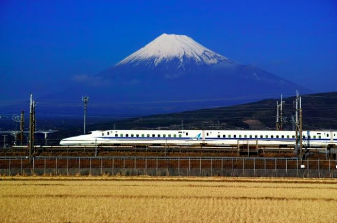 新幹線自由席の買い方と乗り方!指定席との料金の差額はどのくらい?