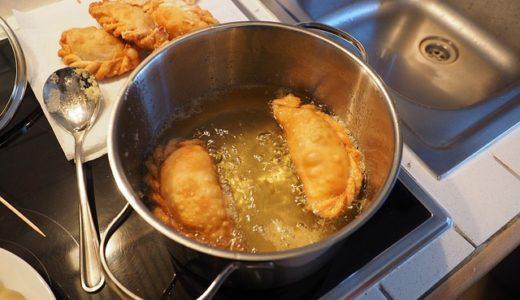 菜箸だけで分かる油の温度の簡単な見分け方!正しい後処理の方法も紹介☆